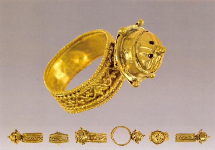 Епископский перстень