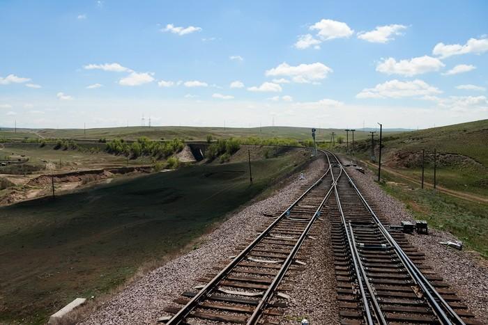 Железная дорога с виадуком