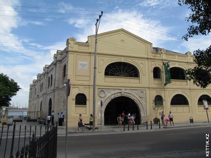 Старые портовые здания