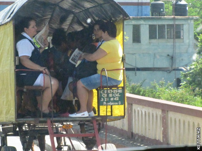 Провинциальный автобус