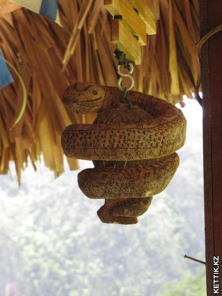 Сувенир из кокоса