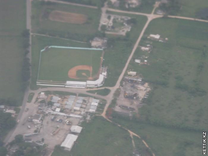 Стадион с самолета