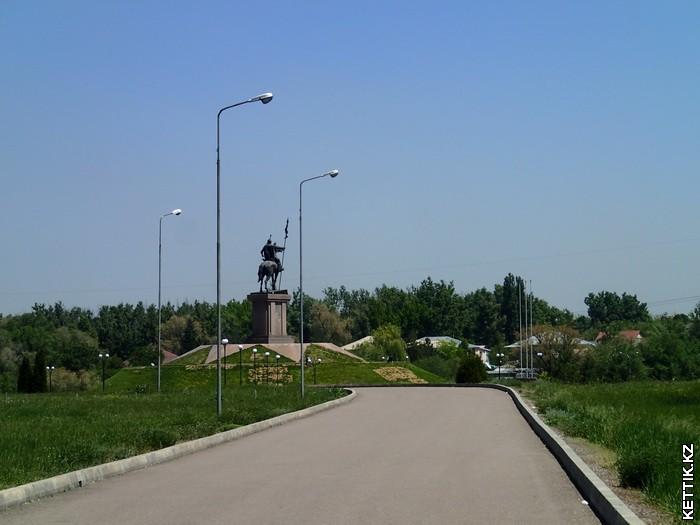 Памятник Карасай-батыру
