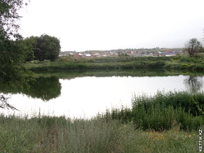 Озеро в Каскелене