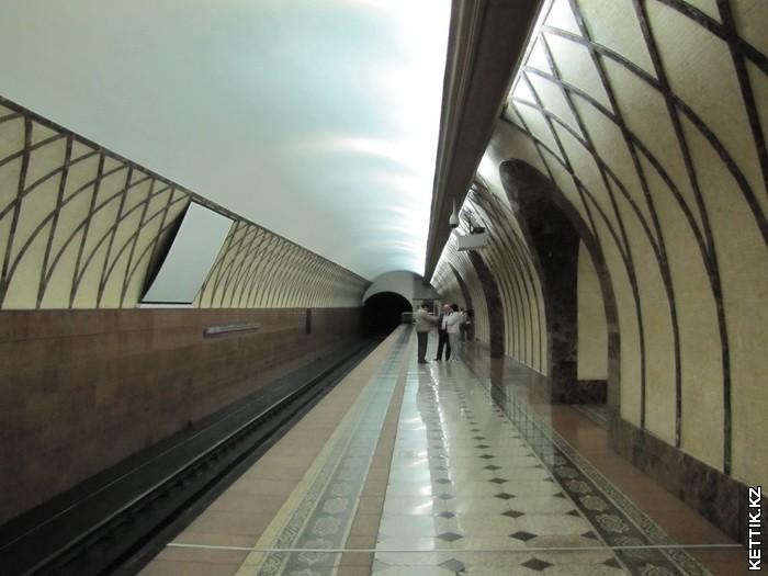 Станция Жибек Жолы