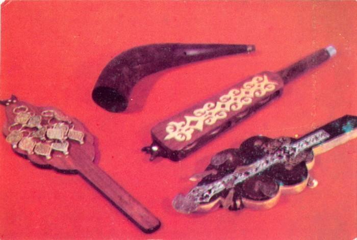 Асатаяки и муыз сырнай