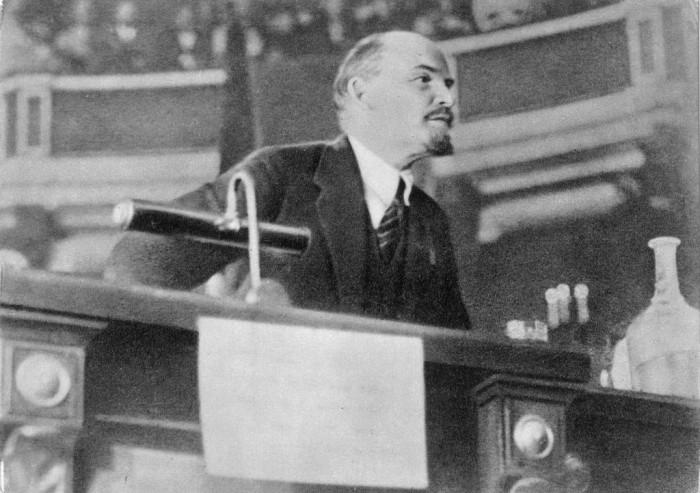 Ленин в Петрограде