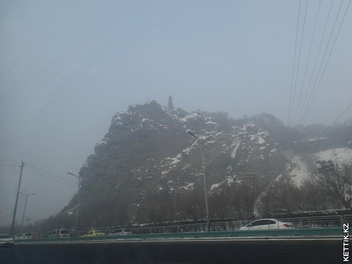 Пагода на скале