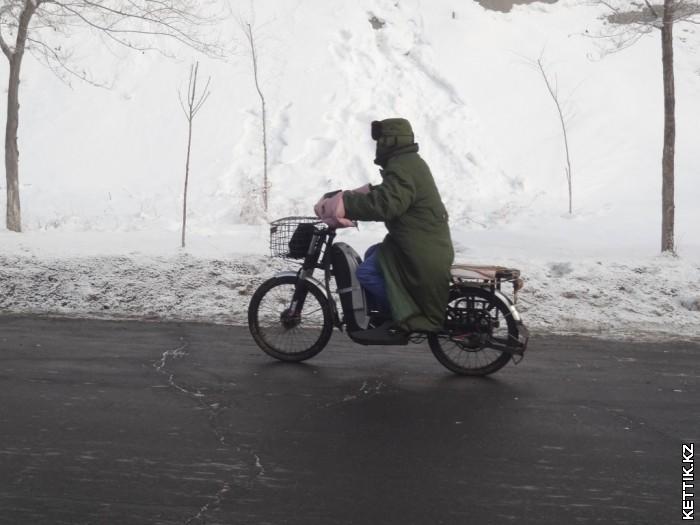 Мотоциклист зимой