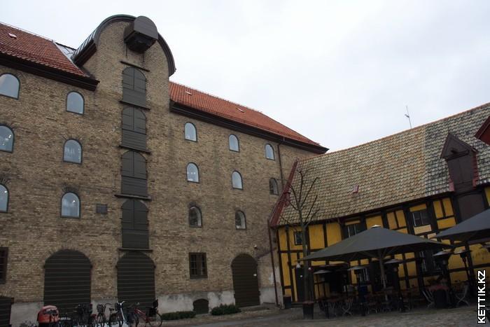 Старое хранилище