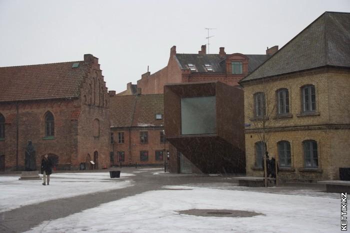 Неизвестное здание
