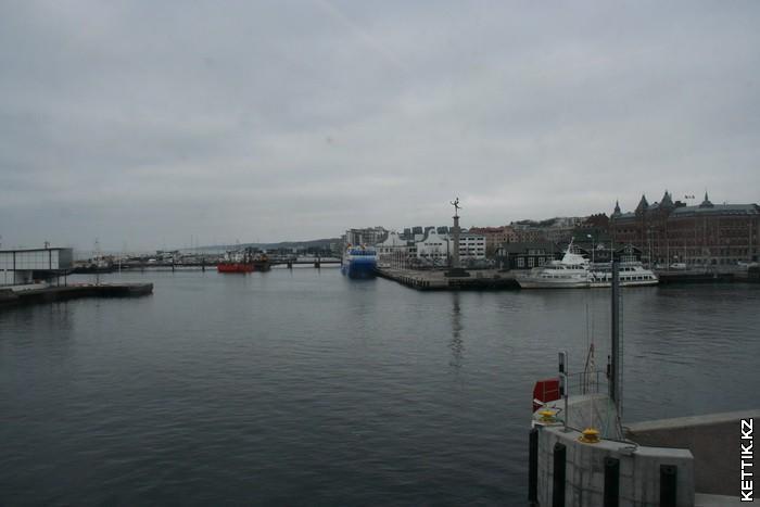 Портовая площадь