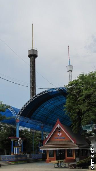 Башни в Сиам Парке