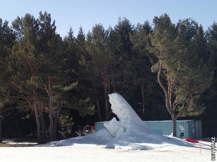 Снежный столб