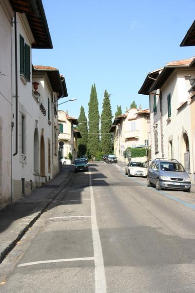 Крутая улица