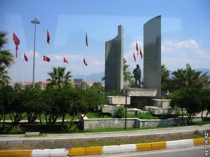 Турецкий памятник