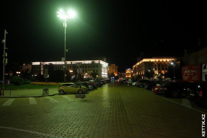 Ночная София