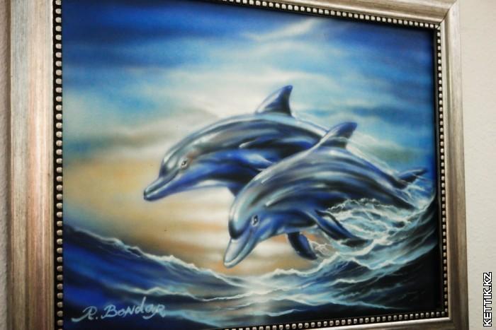 Картина с дельфинами