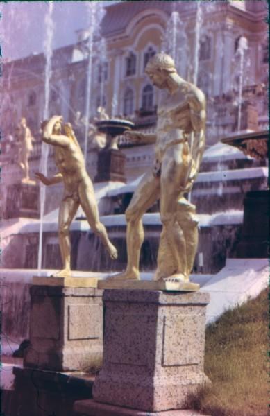 Большой каскад скульптуры