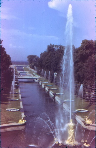 Аллея фонтанов