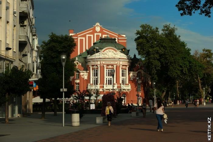 Театр Варны