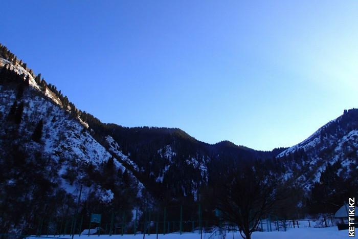 Горы Алатау зимой
