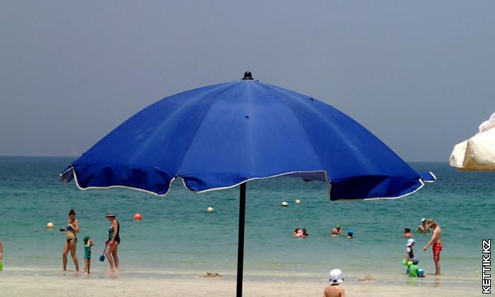 Пляж в Шардже