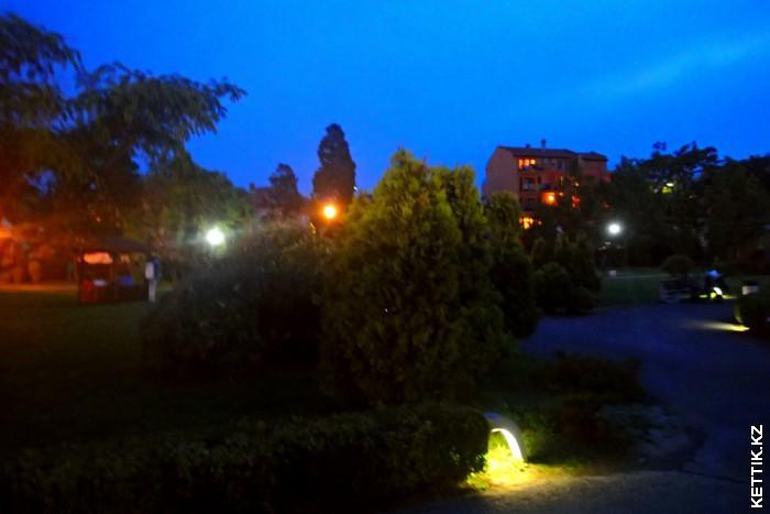 Парк ночью
