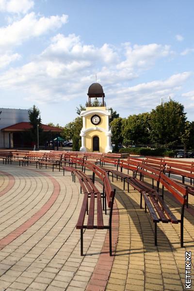Центральная площадь Бялы